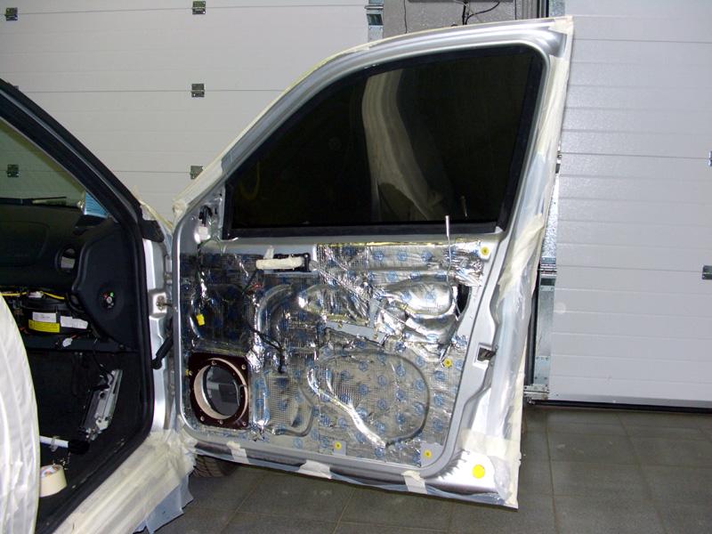 виброшумоизоляция дверей в автомобиле
